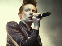 Review – Trouble in Paradise by La Roux