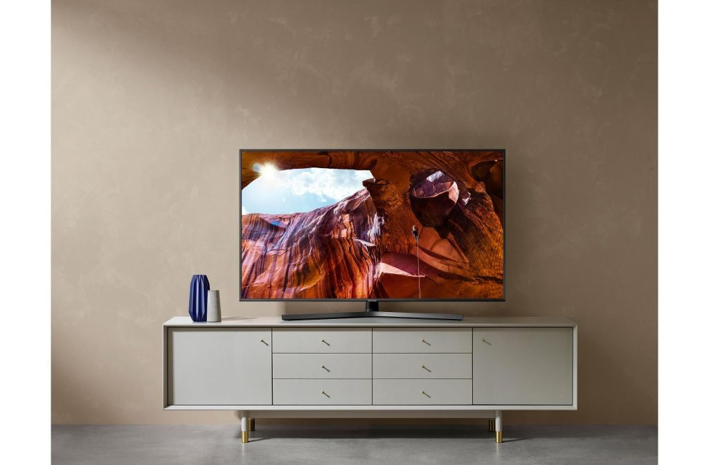 Product review: Samsung RU7400 TV range - Richer Sounds Blog