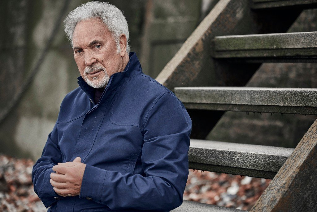 Album review: Tom Jones – Surrounded by Time
